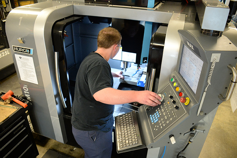 Advanced CNC Machining & Programming (ASCT)