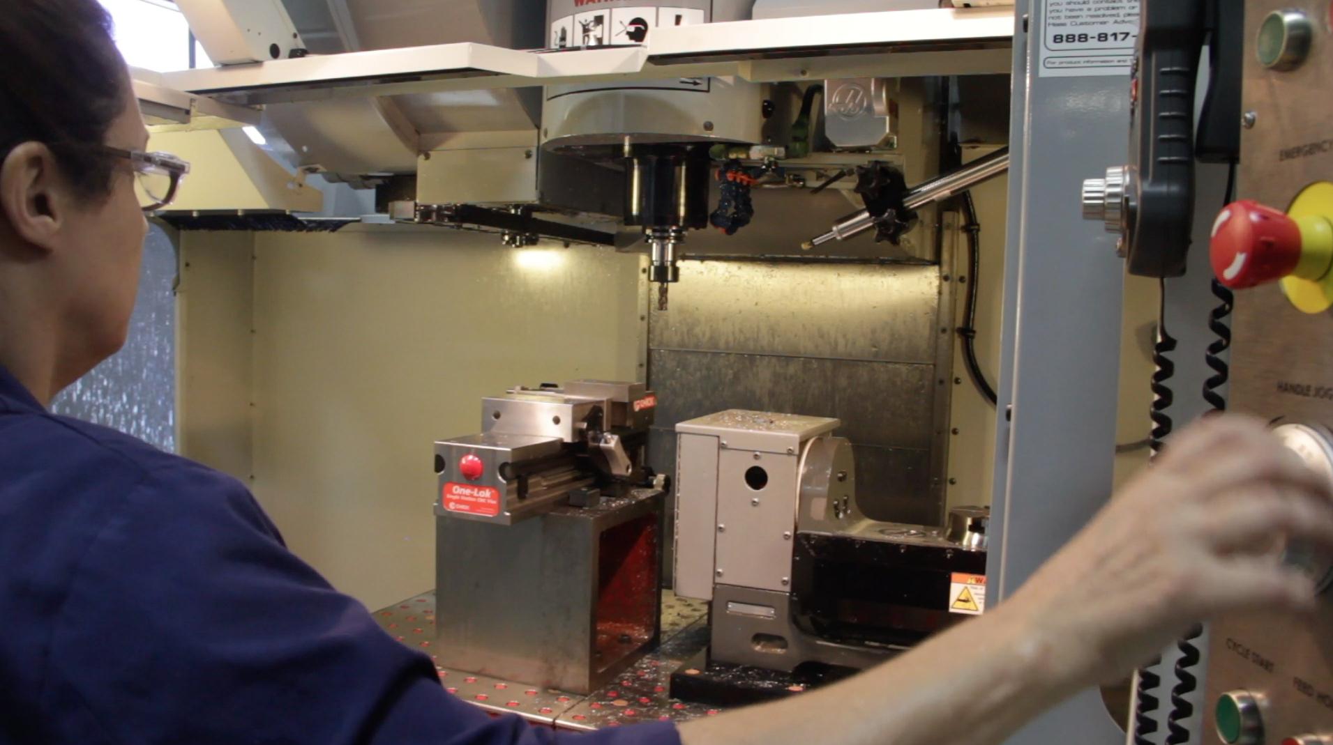 Right Skills NOW - CNC Machining (CG)